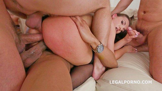 Гиг Порно Тройное проникновение с кончёй во внутрь для сочной красавицы и её ненасытного до ебли анала гигпорно видео